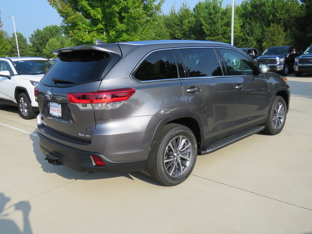 New 2019 Toyota Highlander XLE V6 AWD