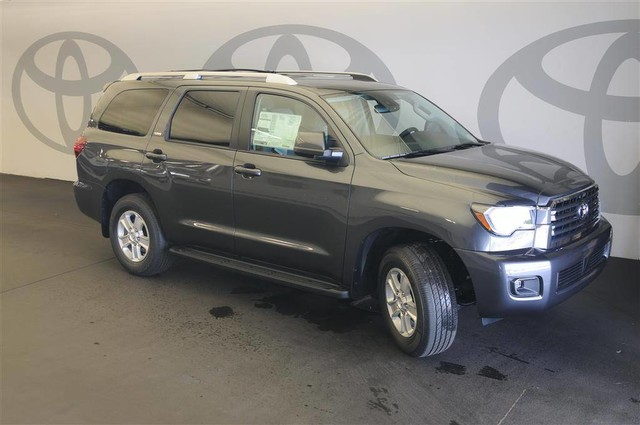 New 2019 Toyota Sequoia SR5 RWD