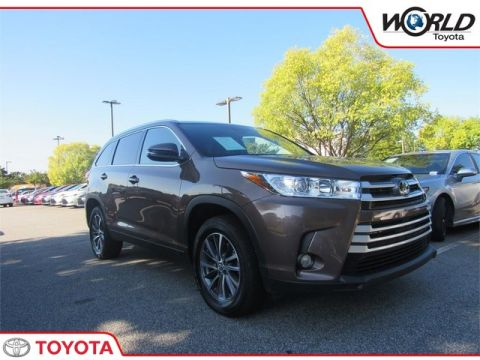 Certified Pre-Owned 2019 Toyota Highlander SE V6 FWD Front Wheel Drive SUV - In-Stock